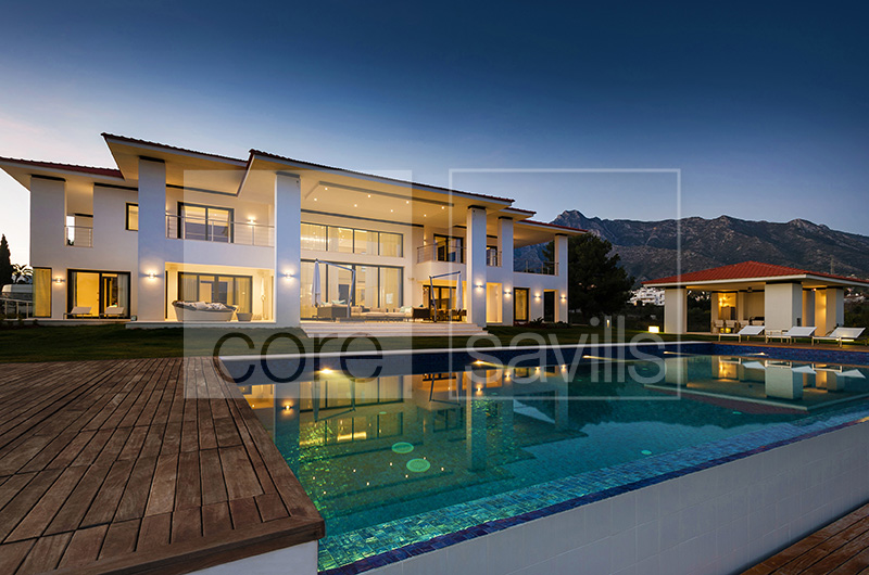 http://core-me.com/property-details-international.html?tag=Stunning-Contemporary-Style-Mansion&Id=CO-S-1044