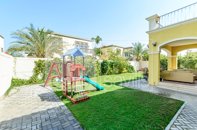http://core-me.com/property-details.html?tag=3-Bed-Legacy-Large-Villa-In-Jumeirah-Park&Id=CO-R-13345
