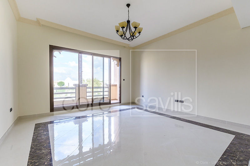 http://core-me.com/property-details.html?tag=Brand-New--Spacious-4-Bed-Villa-In-Jumeirah-1&Id=CO-R-8374